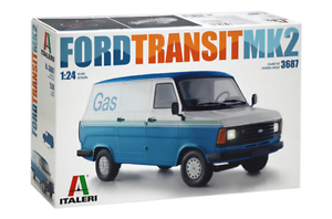 Italeri 1/24 Ford Transit MK2