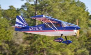 Pilot-RC 28% Decathlon 107in (2.7m) (Blue/Red)
